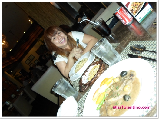 The girl loves her pasta. Here with my dinner date, Ces ;-)