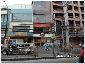 Chic-Boy Pasong Tamo, Chino Roces branch
